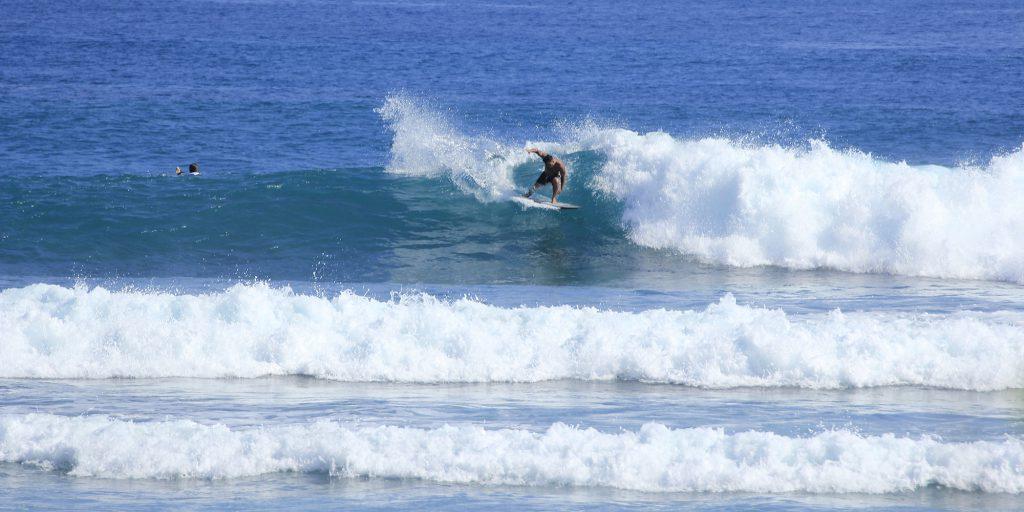 surfing caribbean surf dominican republic